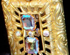 bohemianretrobroochgold